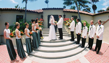 vows outdoors on the steps